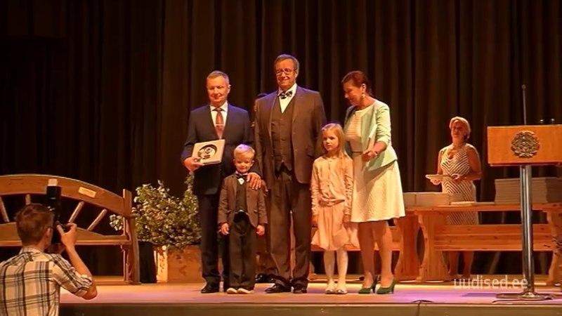 TV3 VIDEO | President Ilves tunnustas Eestimaa kauneimate kodude omanikke