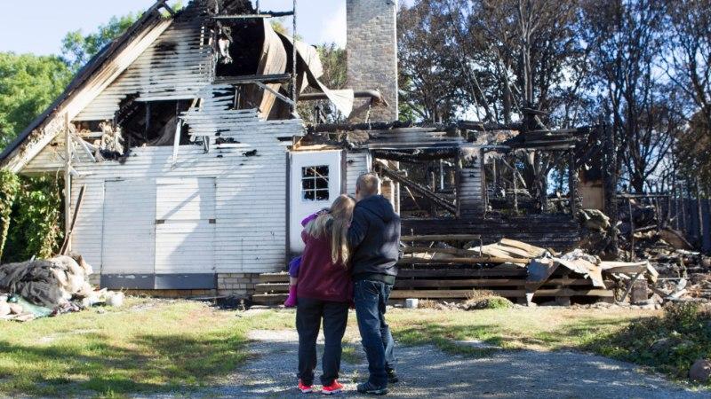 """Tulekahjust pääsenud mees: """"Juba käis aknast leegilont välja üle mu pea."""""""