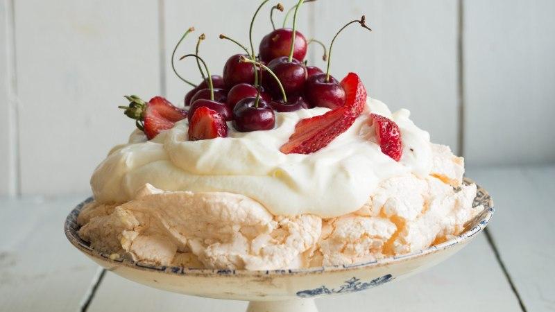 Nädalavahetuseks: Pavlova tort sidrunikreemiga