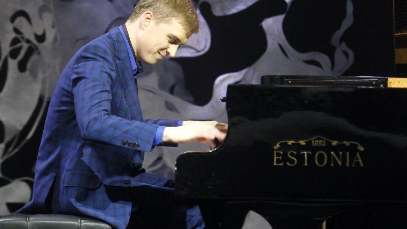 Klassikatähed Johan ja Marten: kuus kontserti päevas on käkitegu!