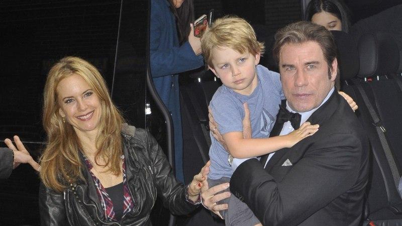 John Travolta: pisipoeg leevendas me leina
