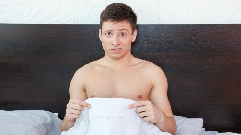 У порно актеров постоянная эрекция