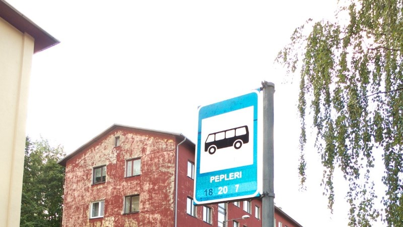 Autovabal päeval saavad autojuhid ühistranspordis tasuta sõita