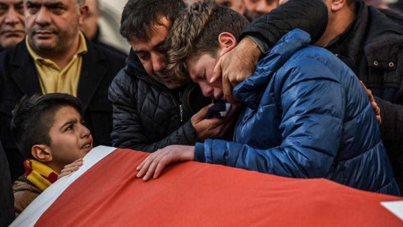 Türgis jätkub jaht 39 inimest tapnud mehele