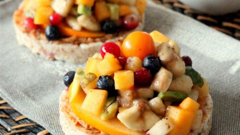 Riisikrõpsud puuviljadega