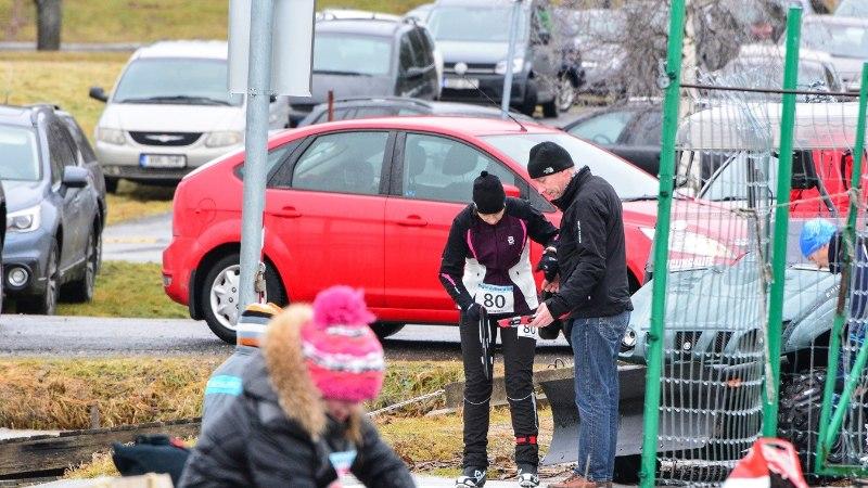 FOTOD | President Kersti Kaljulaid osales uisumaratonil