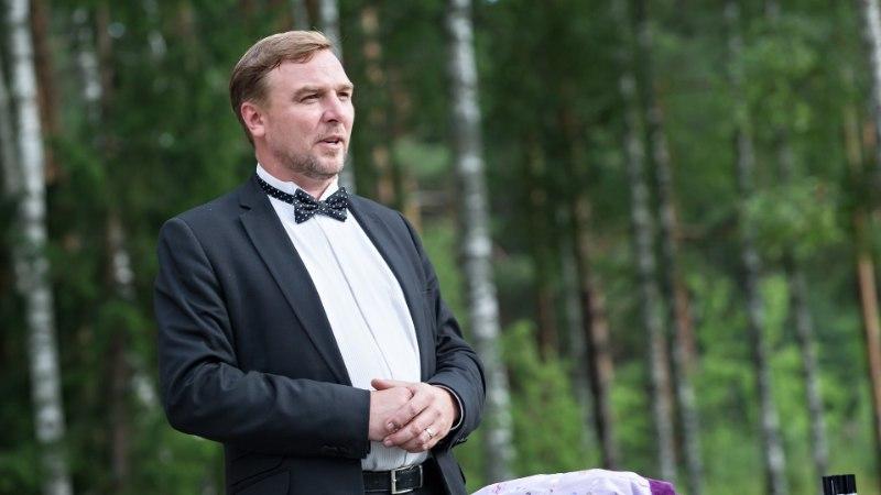 Staažikas meelelahutaja Allan Kress: ega õhtujuht pole takso, et kilomeeter maksab
