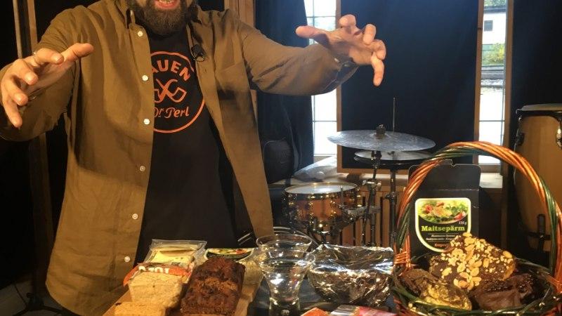 FOTOD JA VIDEO   Metsatöllu Markus mekkis peedikotletti ja nentis, et see ei käi talle närvidele nagu muud veganitoidud