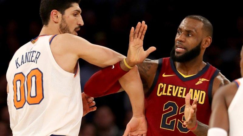 VIDEOD | Suure suuga LeBron tuli raskest seisust välja ning murdis Knicksi ja Porzingise südamed