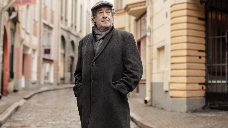 HOMMIKUSÖÖK STAARIGA   Guido Kangur saabus hommikusöögile otse opilaualt