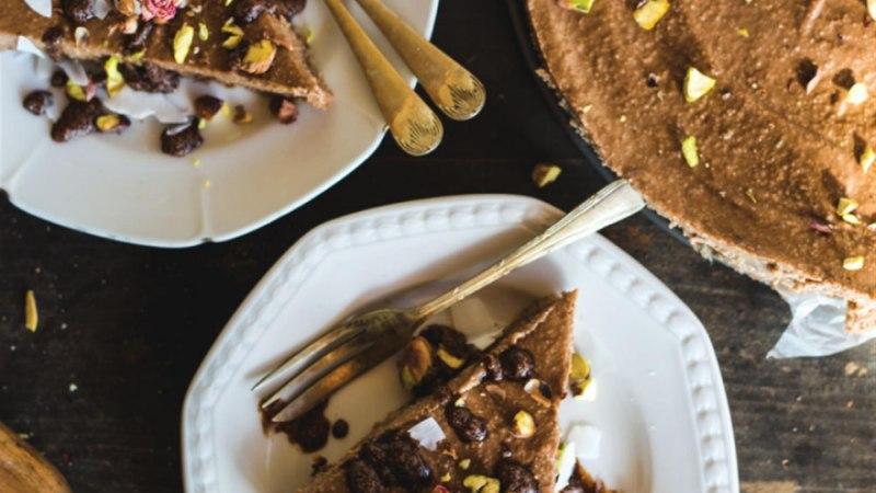 Šokolaadikreemiga toorkook