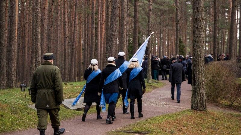 GALERII   Kaljulaid enesemääramise 100. juubelil: meie eesmärk on hoida iseseisevat Eesti Vabariiki