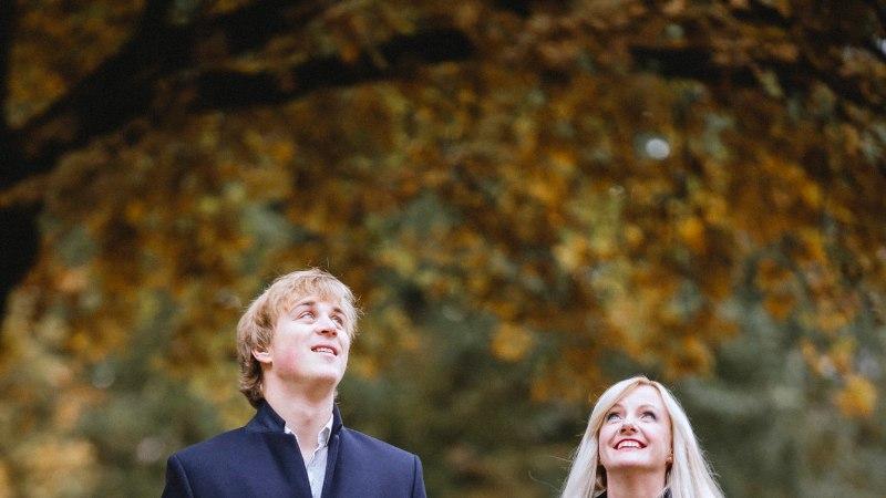 """Evelin Samuel-Randvere ja Johan Randvere: """"Kui koos olla, siis juba täiega. Ka kontsertturneedel."""""""