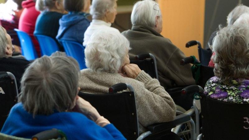 Küsimus | Miks saavad hooldekodu elanikud üksi elava pensionäri toetust?
