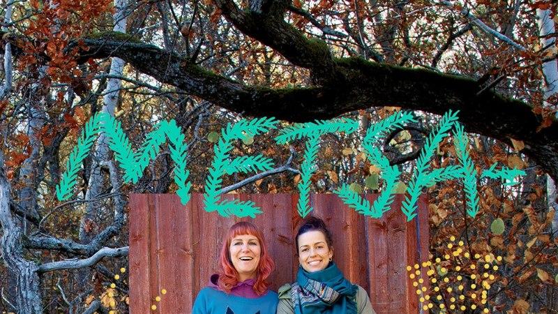 FOTOD   Hele-Mai Alamaa ja Merle Liivak avaldasid isuäratava metsaköögi-kokaraamatu