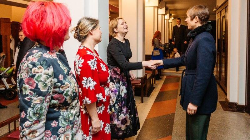 GALERII | Lihulas andis president üle aasta vabatahtliku aumärgid