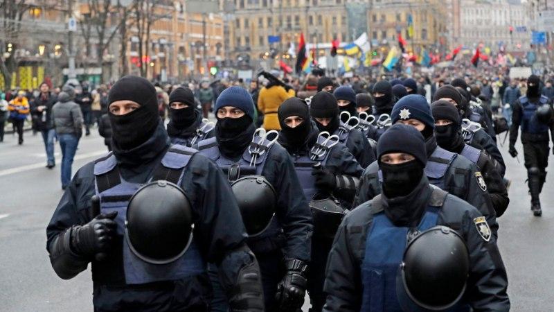 Tuhanded Saakašvili pooldajad protestivad Ukraina presidendi vastu