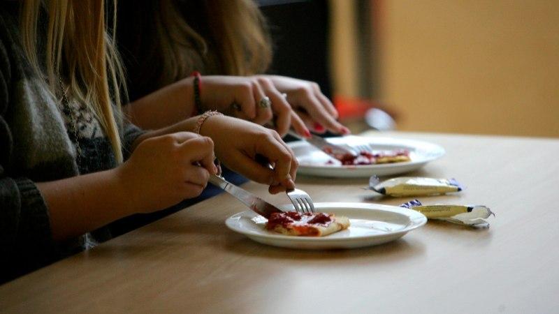 Seda, kas saiakesi koolipuhvetites müüakse või ei, otsustab tulevikus koolidirektor