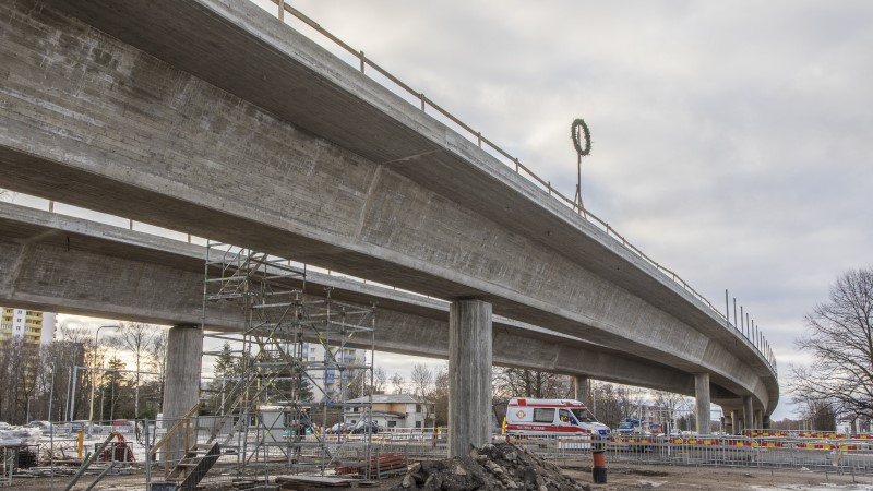 Haabersti viaduktil võeti pärg maha