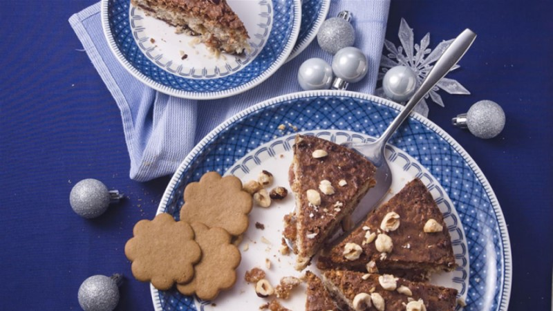 Pehme jõulukook pähklite ja rosinatega