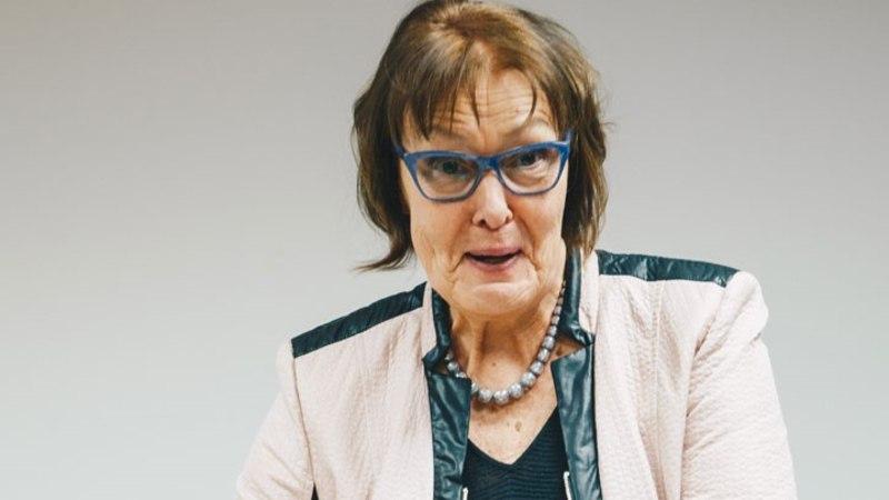 Maimu Berg: mu novell tekitas küsimuse, kas Hitler on tõesti Saaremaal käinud