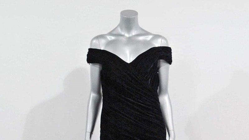 Diana kleidid näitusel