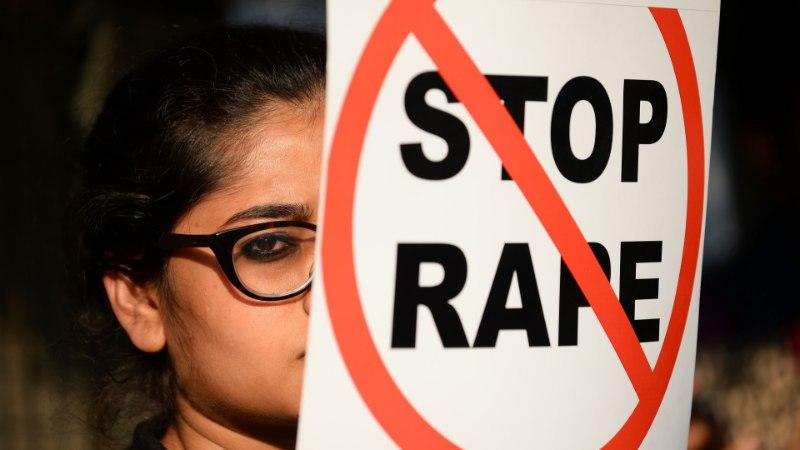 Kaheksa õpetajat vägistasid 13aastase koolitüdruku