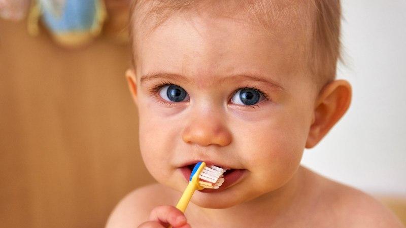 Viis nõksu, kuidas lapsi hambaid pesema suunata