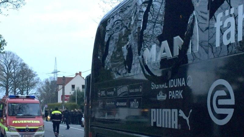 GALERII | Vaata, milline nägi Dortmundi Borussia buss välja pärast plahvatusi!
