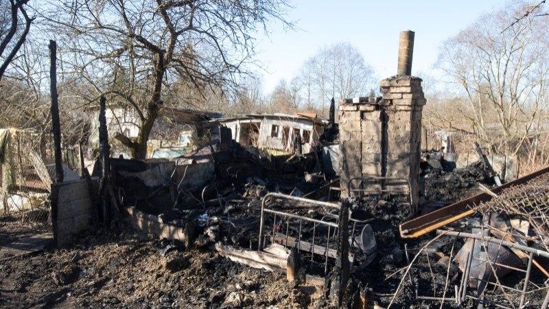 Tartus on paari kuu jooksul põlenud maha mitukümmend ebaseaduslikku aiamaja