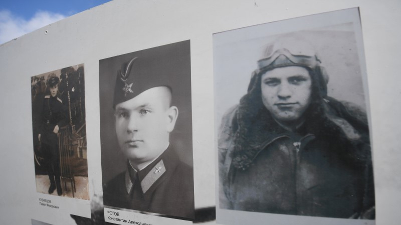Pikeeriva pommitaja saatus: Narva all hukkunud lendurid said lõpuks koju