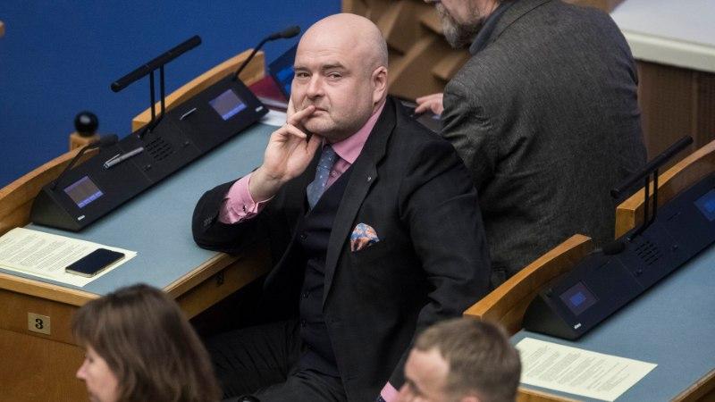 Siseminister  Anvelt: kohtu otsuses anda geiabielus olevale naisele elamisluba pole midagi valesti