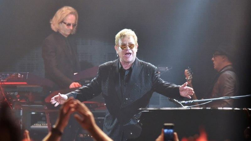 Haruldane bakter oleks Elton Johni äärepealt tapnud