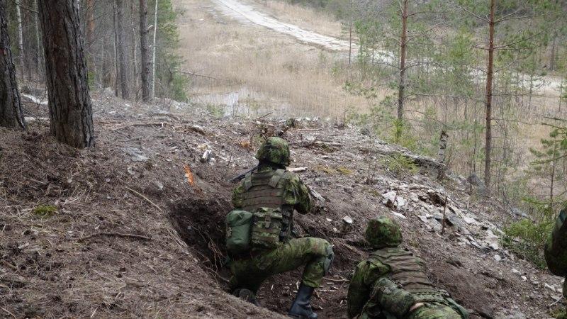 TULD KÕIGIST TORUDEST: vaata Tartu kaitseliitlaste lahinglaskmisi!