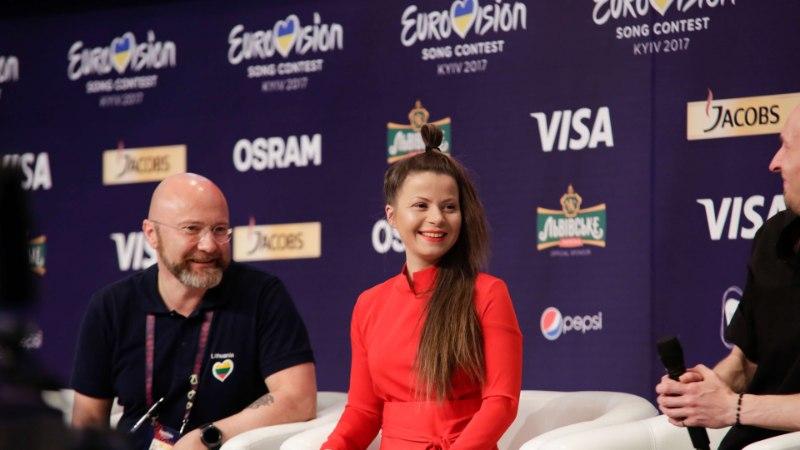 EUROVISIONI TEINE POOLFINAAL | Laval on kuumaõhupall, piimamannergust trumm ning muidugi Laura ja Koit