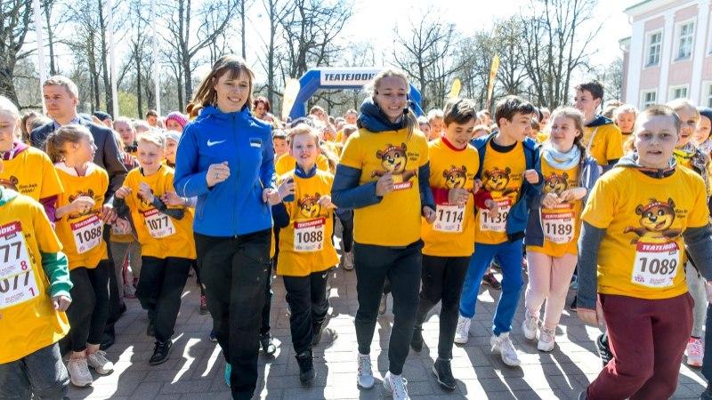 GALERII JA ÕHTULEHE VIDEO | President Kaljulaid jooksis liikumisvõimetute laste tervise nimel
