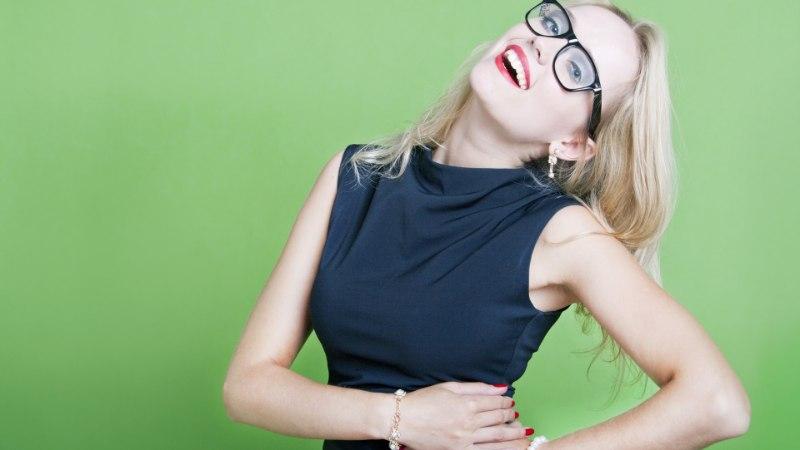 PRILLIKANDJAILE: kaheksa nõksu, kuidas piltidel prillidega hea välja näha?
