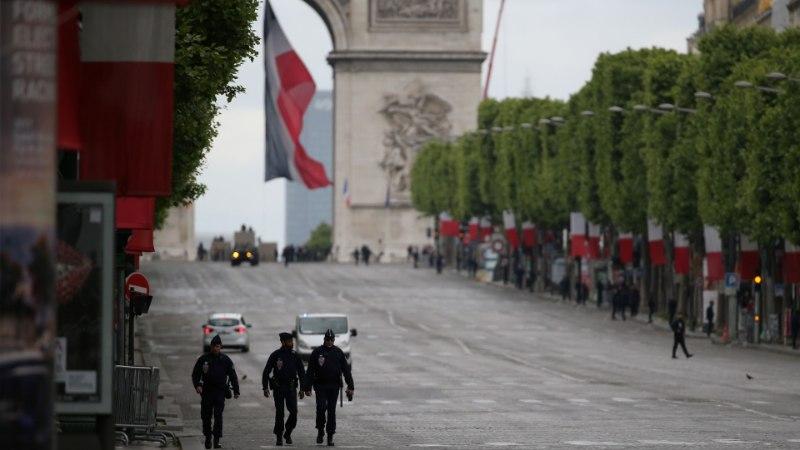 GALERII | Loe, kuidas Macron pidulikult Prantsuse presidendiks määrati