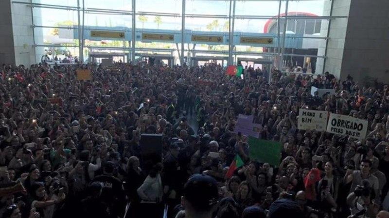 VIDEO   Vaata, kuidas rahvas Eurovisionilt koju saabunud Salvador Sobrali tervitas