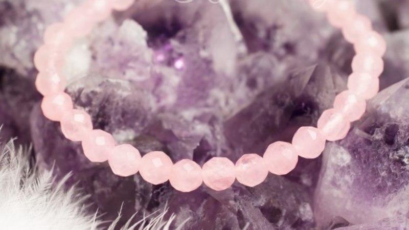 TUNNE END SUVEPEOL ENESEKINDLALT - millised kristallid selles abistavad?