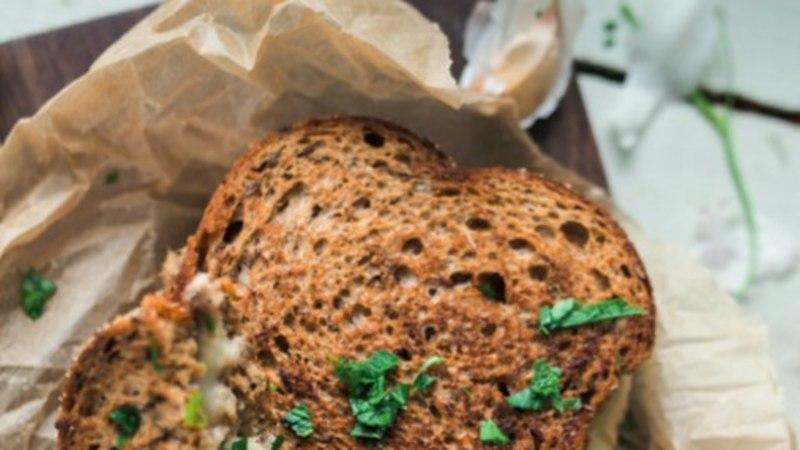 Nädalavahetuse piknikuks: soe tuunikalavõileib