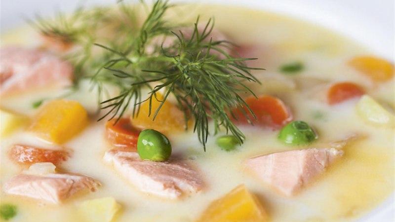 Kesksuvine aedvilja-lõhesupp