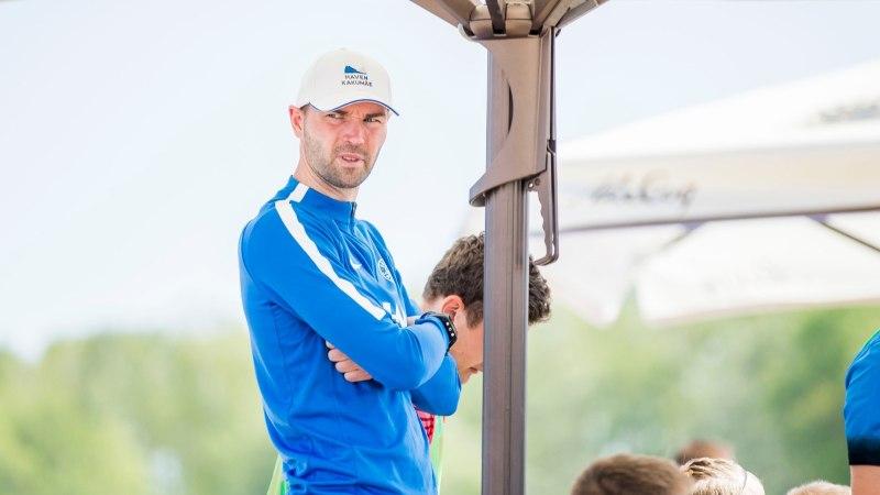 Rannajalgpallikoondise peatreener: nagu kõik viljapuud on alguses rohelised ja toored, nii ka meie