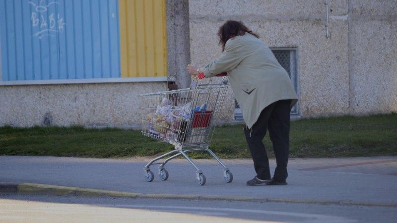 VIDEO | Lasnamäe liiklushuligaan Subarik vahetas oma armsa auto ajutiselt poekäru vastu