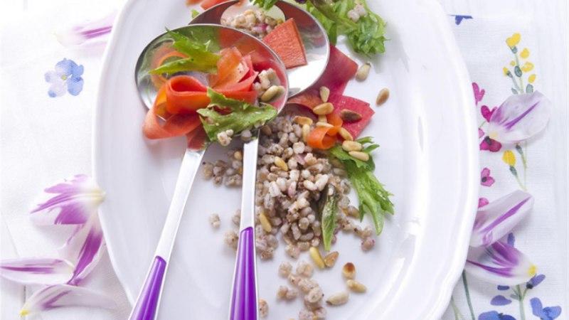 Kevadised salatid ja magustoidud