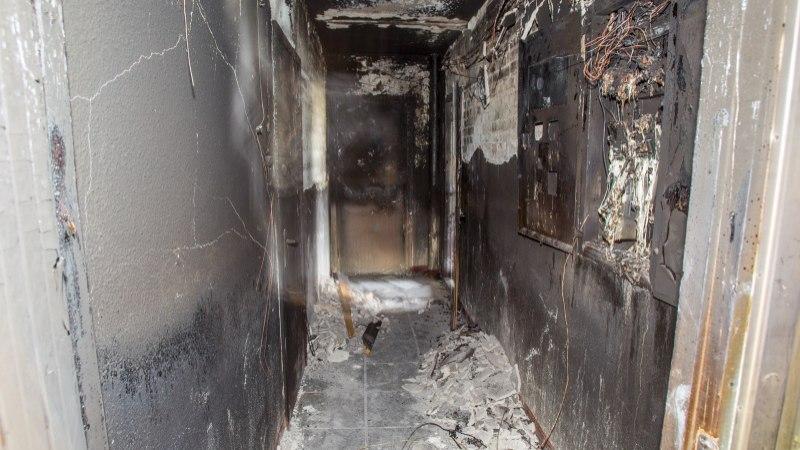 Eesti kõrged korterelamud tekitavad päästjatele peavalu - trepikojad on kola täis ja uksed lukus