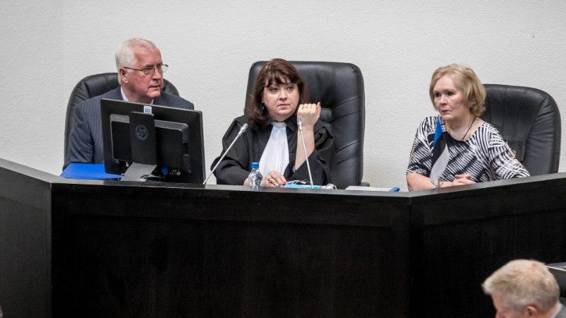 """Savisaare protsessi kohtunik: """"Kurvaks teeb, kui kohut peetakse tsirkuseks või palaganiks!"""""""