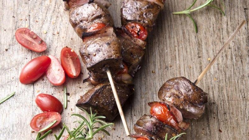 Grillitud maksavardad tomati ja peekoniga
