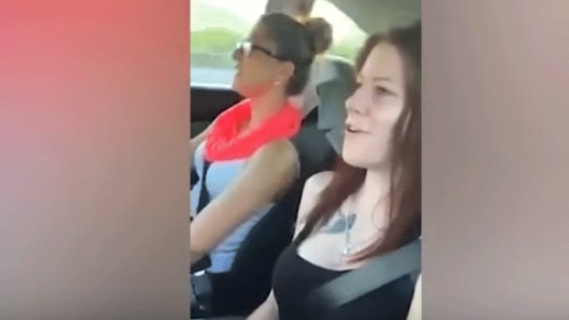 VIDEO | Surm Facebooki otse-eetris: neiu filmis telefoniga pahaaimamatult oma surmahetke