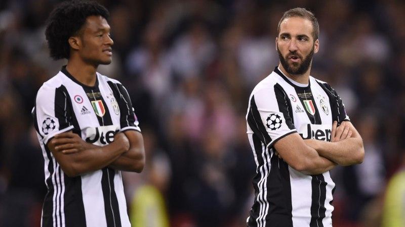 KUULUJUTUVESKI | Chelsea pakkus Juventuse ründaja eest 100 miljonit, Dennis Bergkampi kloon vahetab klubi